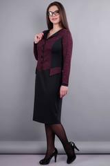 Альфа. Жіноча сукня у діловому стилі великих розмірів. Бордо/чорний.