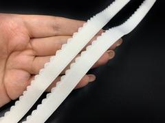 Резинка отделочная молочная 15 мм (цв. 004)