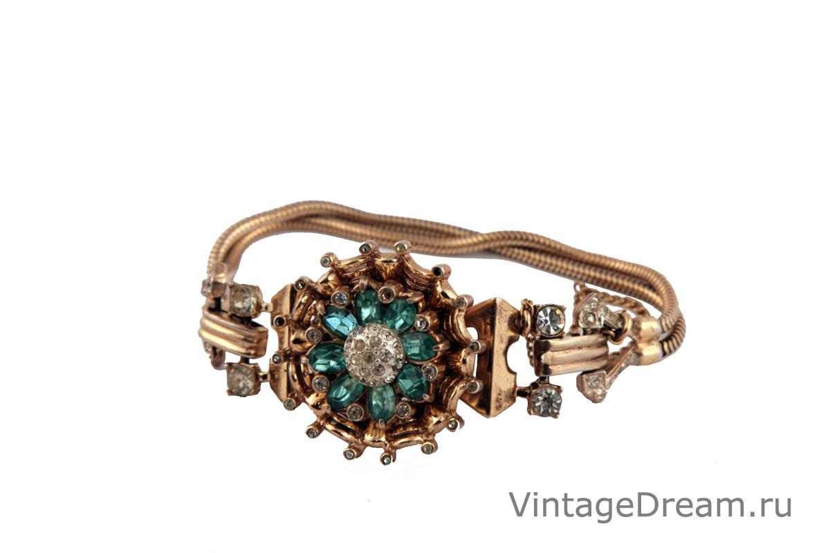 Изысканный серебряный браслет от Coro, 1947 год