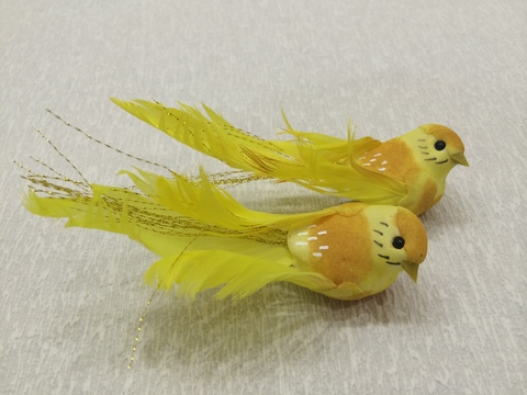 Птичка для декора - 1 (длина с хвостом 12 см), цвет: желтый