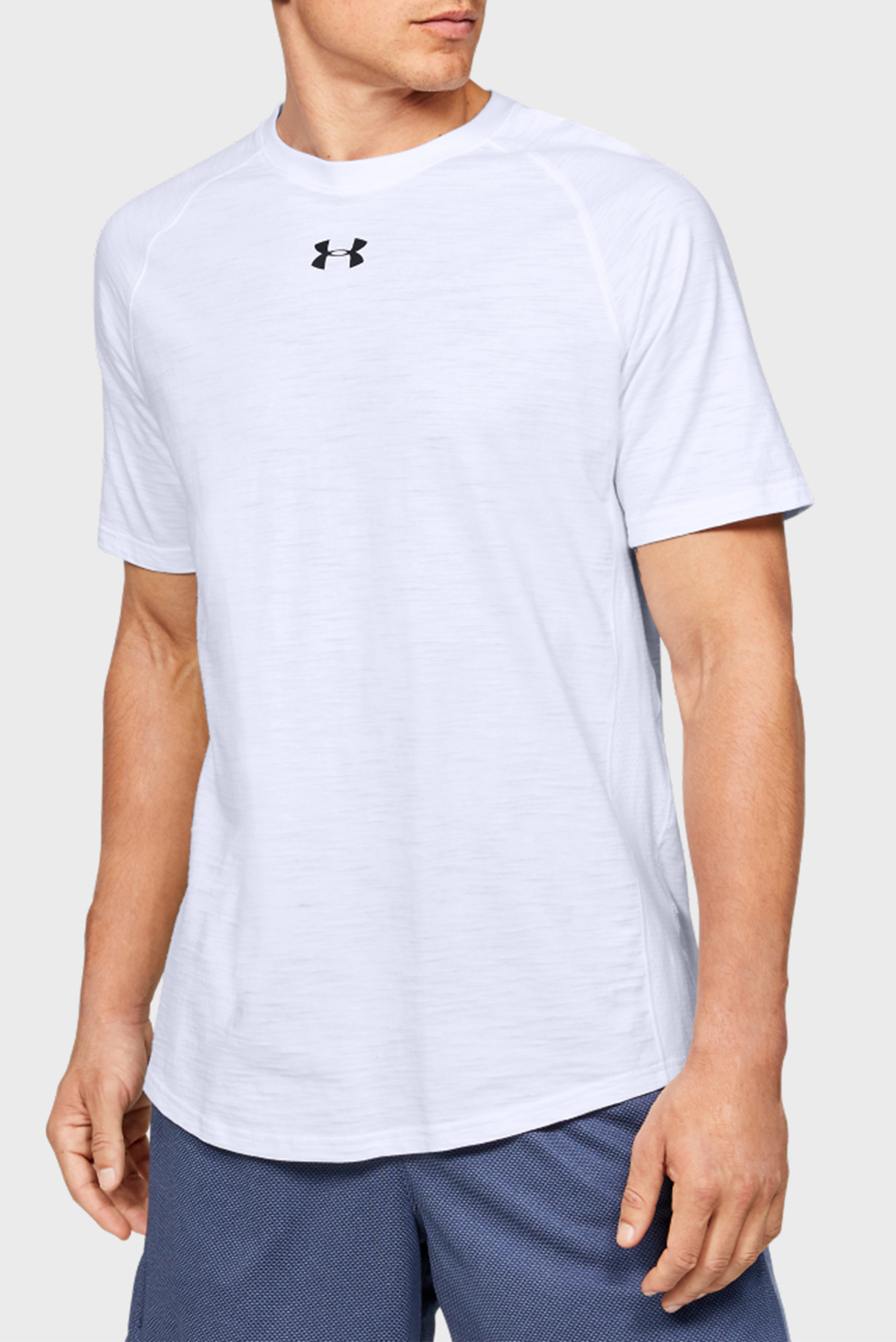 Мужская белая спортивная футболка Charged Cotton SS Under Armour