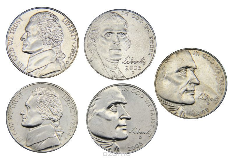 Набор монет по 5 центов.