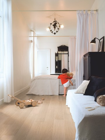 White varnished Oak | Ламинат QUICK-STEP IM3105