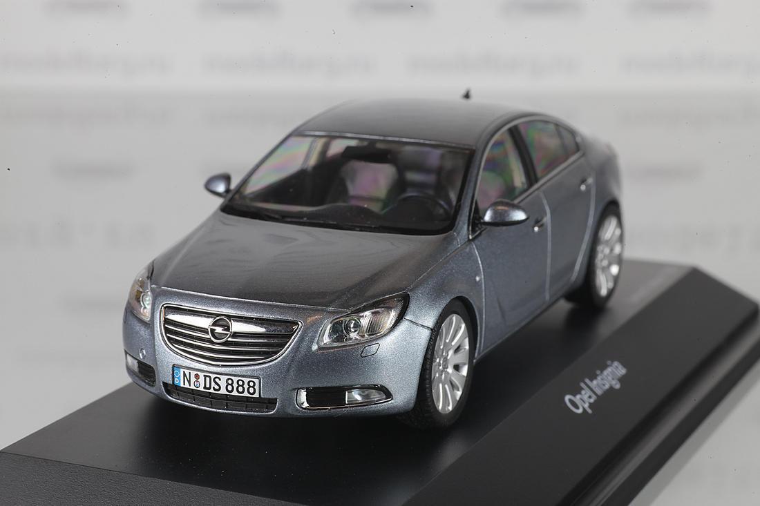 Коллекционная модель Opel Insignia