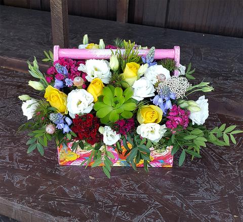 Ящик с цветами Яркий