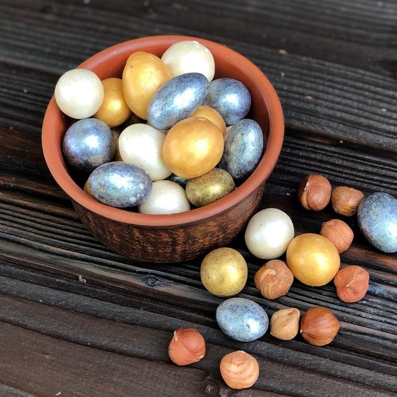 Фотография Драже фундук в шоколаде праздничное, 1 кг купить в магазине Афлора