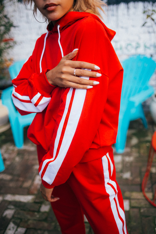 Спортивный костюм из толстовки и штанов красный Nadya