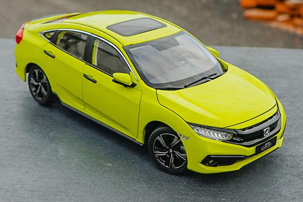 Коллекционная модель HONDA CIVIC 2019 YELLOW GREEN