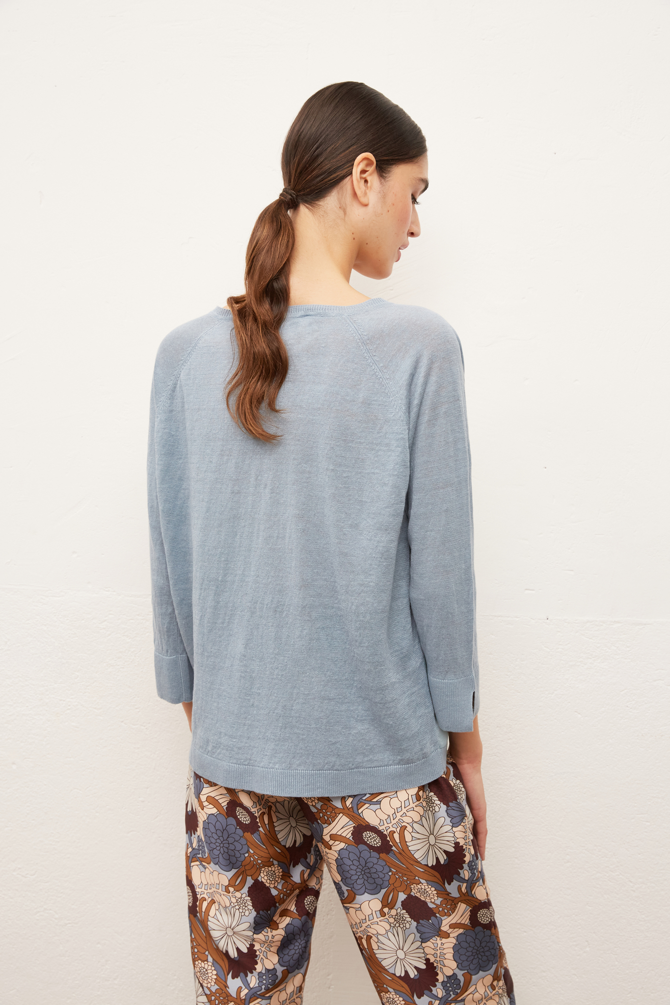 EVANNA - Пуловер изо льна и шелка с V-образным вырезом