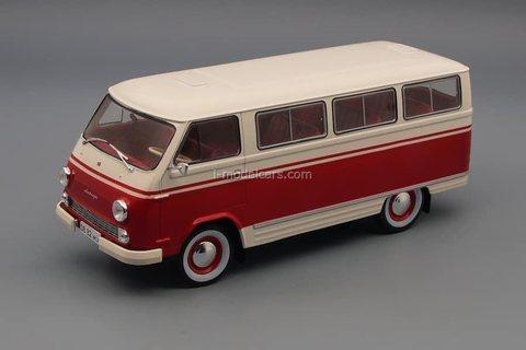 RAF-977DM Latvia white-red 1:24 Legendary Soviet cars Hachette #44