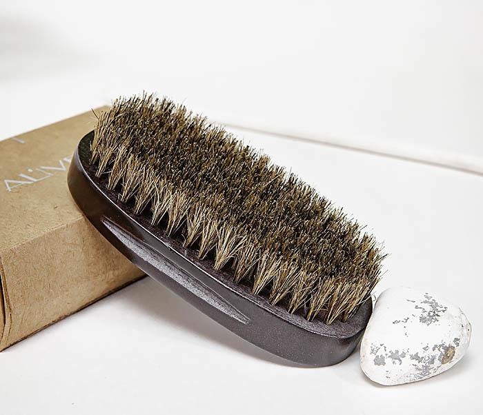 CARE150-1 Деревянная щетка для бороды в коробке фото 05