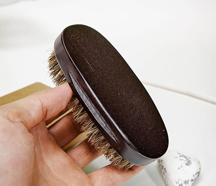 CARE150-1 Деревянная щетка для бороды в коробке фото 09