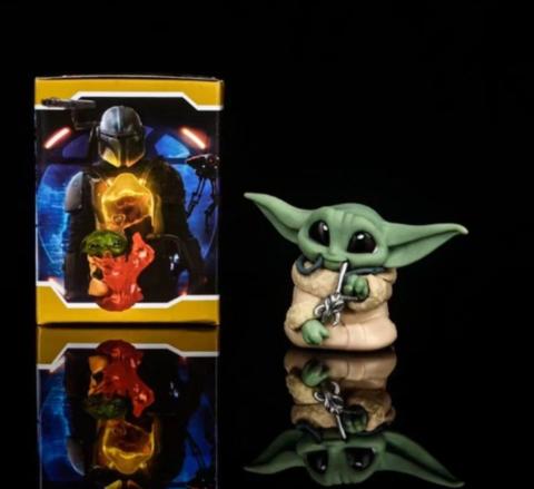 Фигурка Star Wars: The Mandalorian - Baby Yoda with Necklace