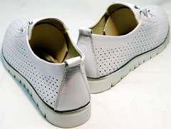 Модные летние туфли на плоской подошве женские Mi Lord 2007 White-Pearl.