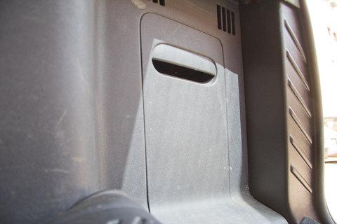 Обшивка салона и багажника Duster