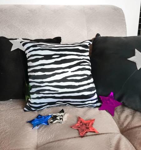 Подушка декоративная Gekoko «Зебра» 3