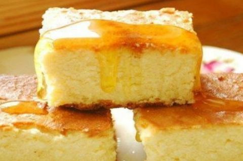 3 кусочка творожного пирога без глютена
