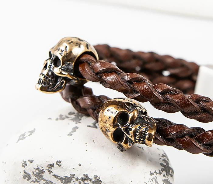 BS860 Браслет из пары кожаных шнуров с бронзовыми черепами фото 08