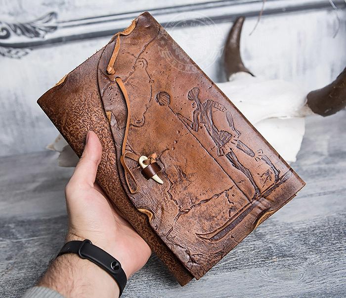 BY01-06-02 Прикольный кожаный блокнот «Лодочник» с застежкой - клыком (А5) фото 04