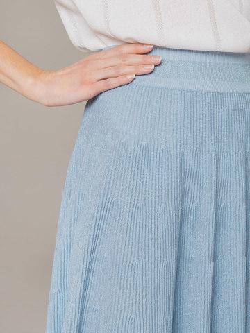 Женская юбка-миди голубого цвета - фото 6