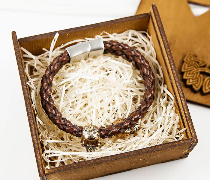 BS860 Браслет из пары кожаных шнуров с бронзовыми черепами фото 02