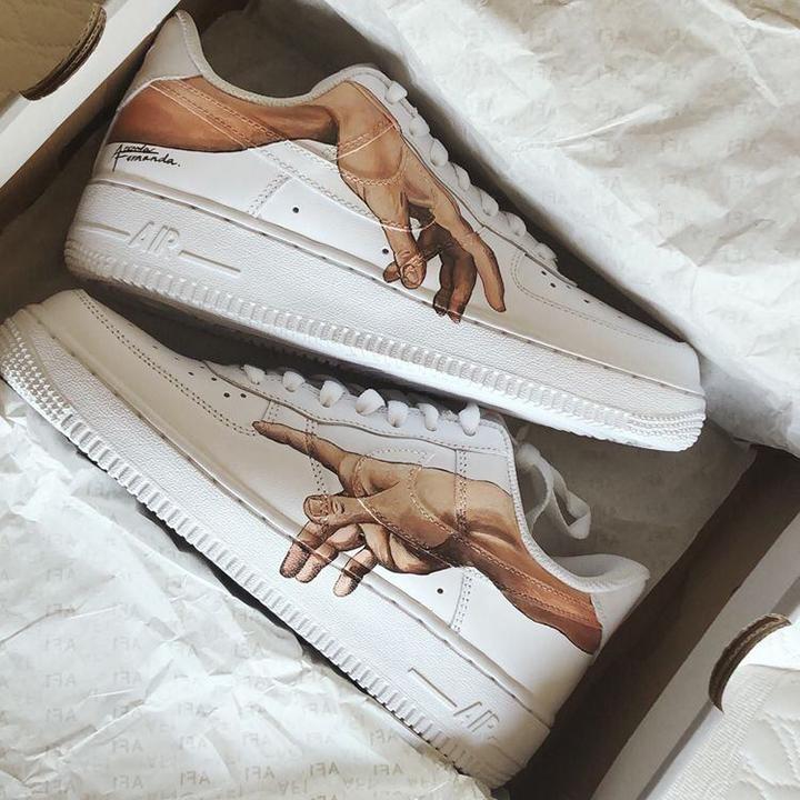 Nike Air Force 1 07 //  Adam