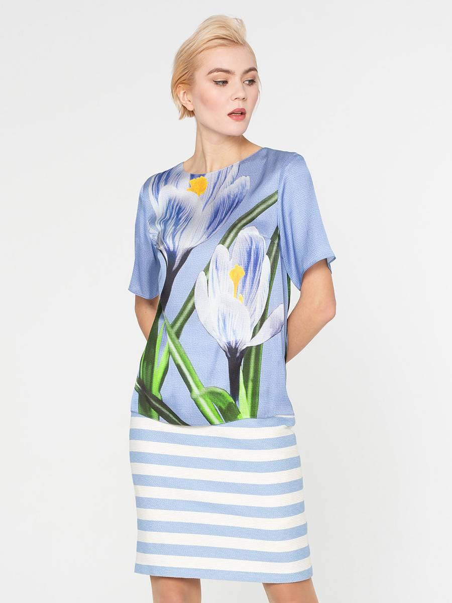 Блуза Г589-548 - Блуза прямого силуэта, из шелковистой вискозы, с эксклюзивным авторским прином от S&S by S.Zotova. Проработанная, удобная модель которая отлично садится по фигуре любого типа. Для тех кто любит в центре внимания!