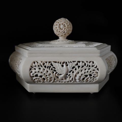 Шкатулка из бивня мамонта и цевки «Ажурная»