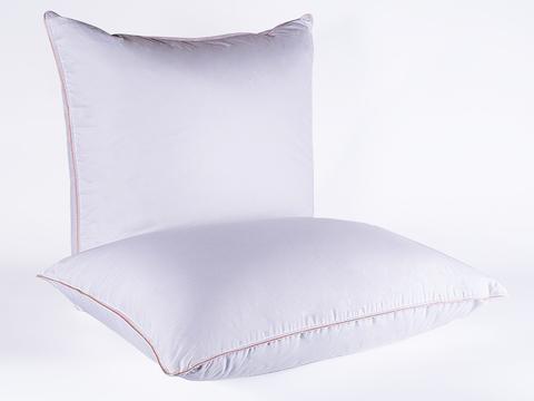 Подушка с внутренним ядром 68х68 Миндальное сердечко