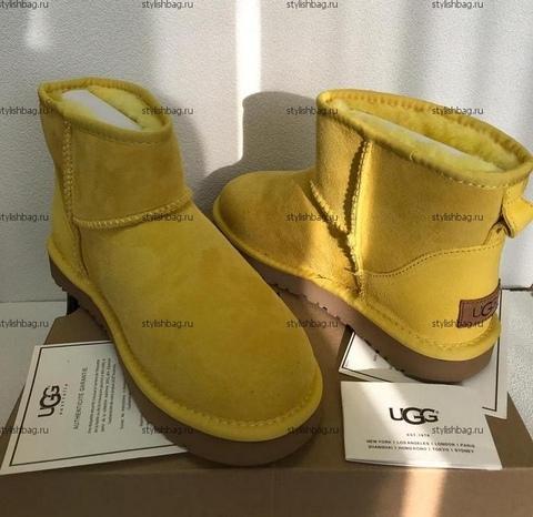 Женские желтые мини угги UGG Classic Mini Yellow