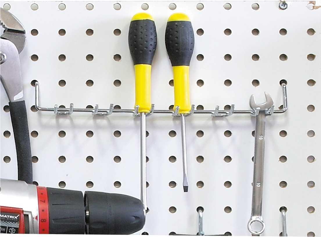 Открытый подвес из 6 ячеек на перфорированную панель из металла и ХДФ. PH816