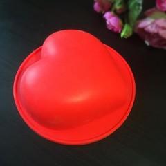Силиконовая форма для выпечки Сердце-торт (красный силикон)