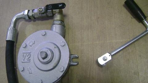 Насос топливоподкачивающий ручной / PUMP ASSY АРТ: 596-726