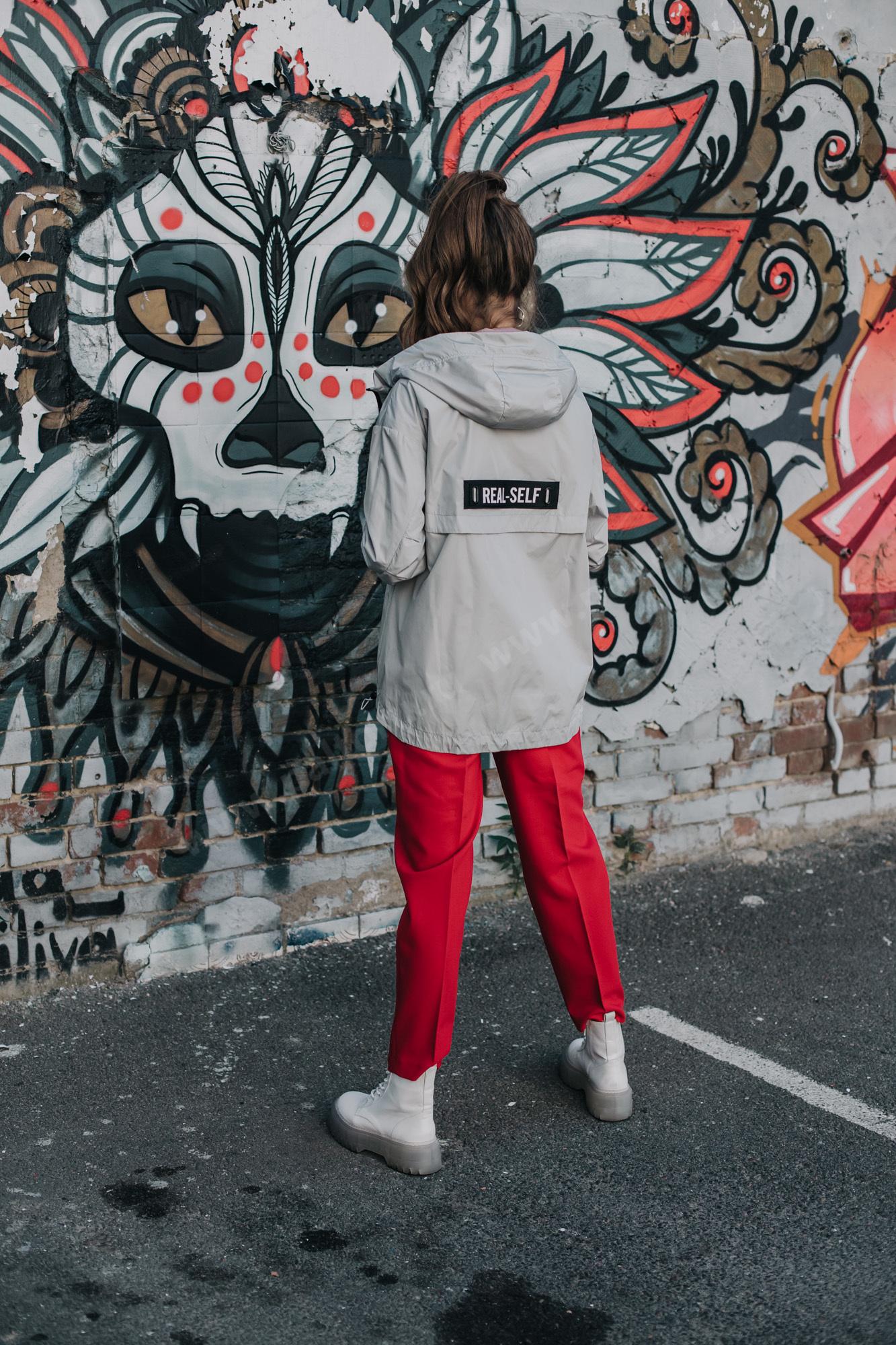 Куртка женcкая ветровка