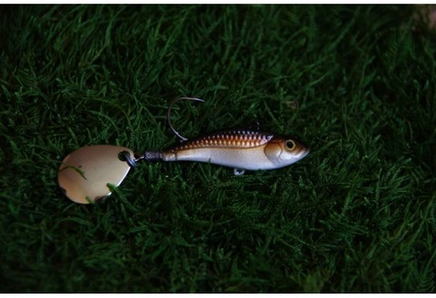 Тейл-спинер Top Tail ручной работы Fire Fish цвет 006