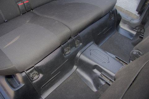 Накладки на ковролин под заднее сиденье Lada Granta  2 шт.
