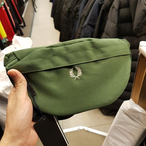 Сумка Fred Perry 583767green