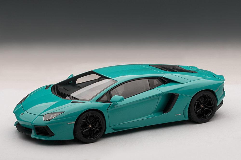Коллекционная модель Lamborghini Aventador LP700-4 2011 Turquoise/Blue