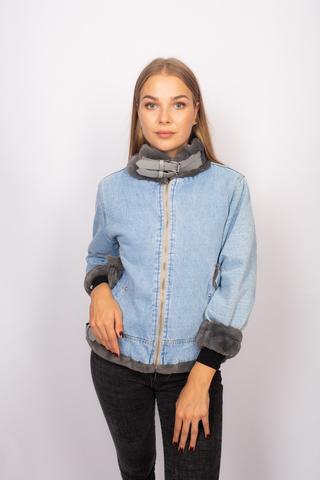 Джинсовая куртка с серым мехом недорого