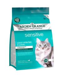 Arden Grange Adult Sensitive корм беззерновой для кошек с Океанической белой рыбой и картофелем 2 кг