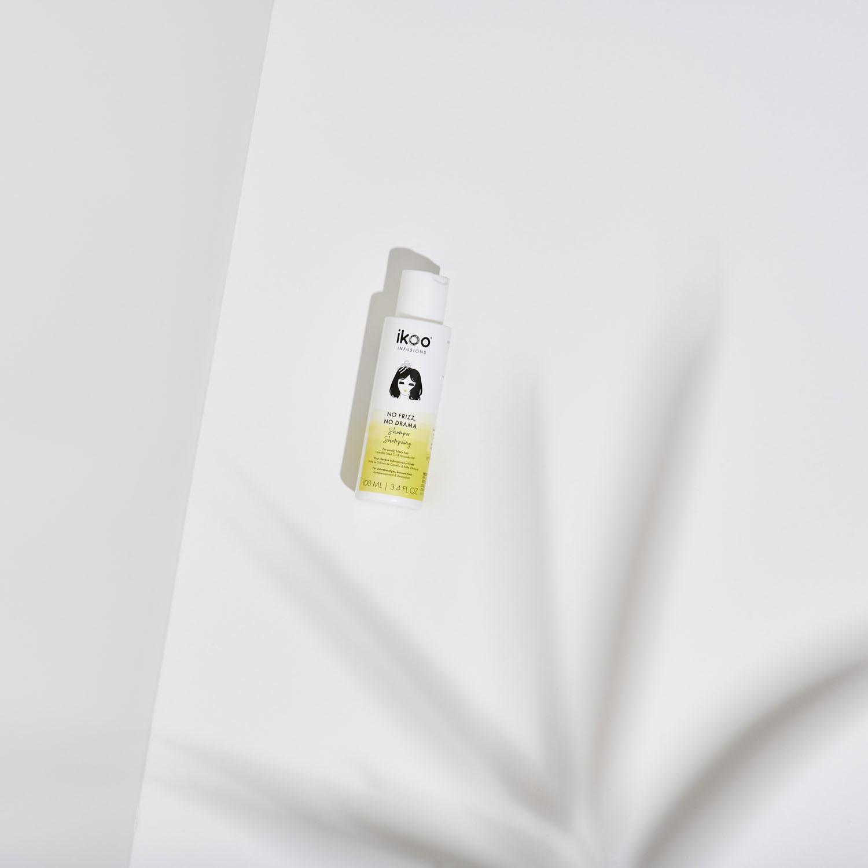Шампунь для непослушных и пушистых волос ikoo infusions No Frizz, No Drama Shampoo «УКРОЩЕНИЕ СТРОПТИВЫХ» , 100 мл