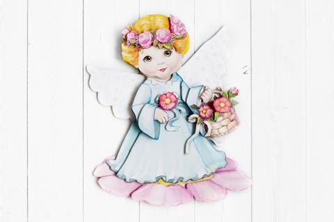 Ангел с цветами - готовая работа, фронтальный вид.
