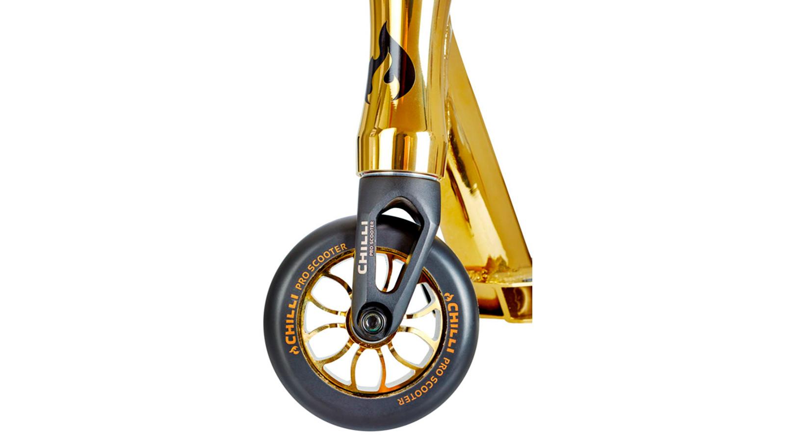 поворот переднего колеса