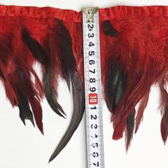 Купить оптом перья Петуха на ленте в интернет-магазине Light Siam красные
