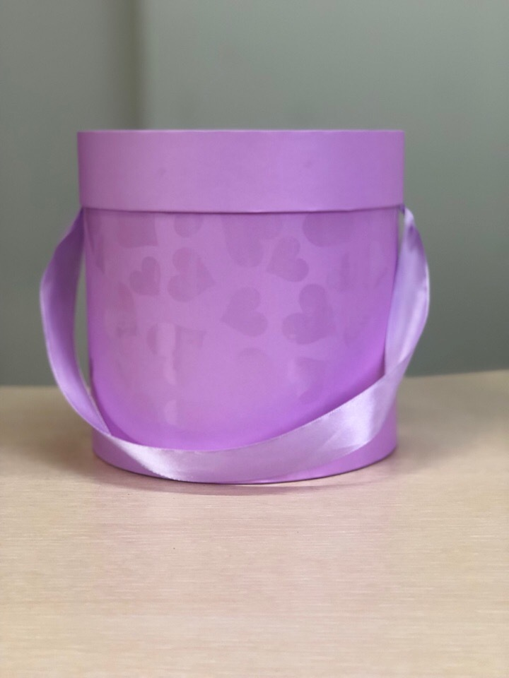 Дешевые коробки эконом с сердцем 16 см .  Цвет: Светло лиловый   . В розницу 300 рублей .