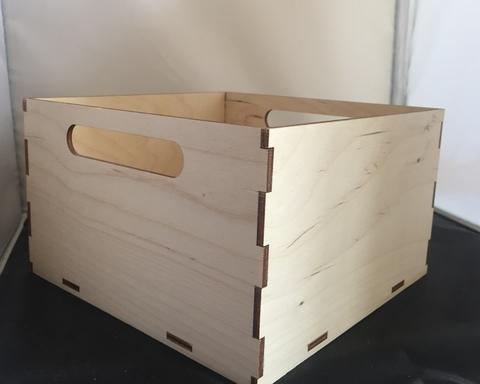 057-9296 Короб-шкатулка деревянный с прорезями-ручками (20*20*12см.)