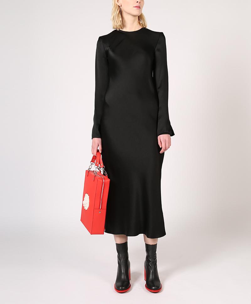платье-шёлковое-чёрное-спереди