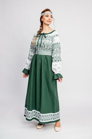 Платье с обережными узорами