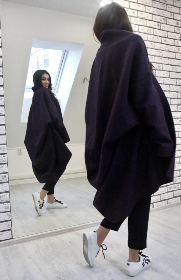 Пальто ассиметричное с воротником-шалькой