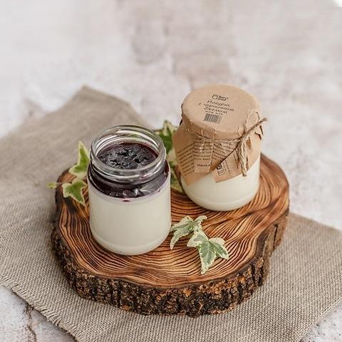 Йогурт термостатный с джемом Черника 3,2 % 250 г